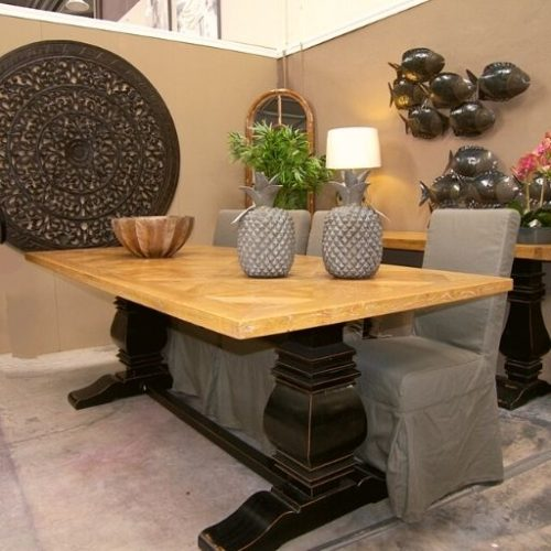 mesa de comedor de madera