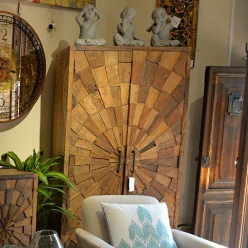Armario de madera Bagan